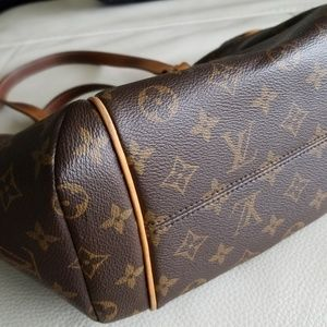 Totally PM Louis Vuitton bag